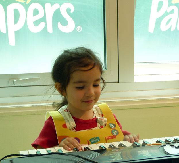 stade des bebes activit musique pour enfants eveil. Black Bedroom Furniture Sets. Home Design Ideas